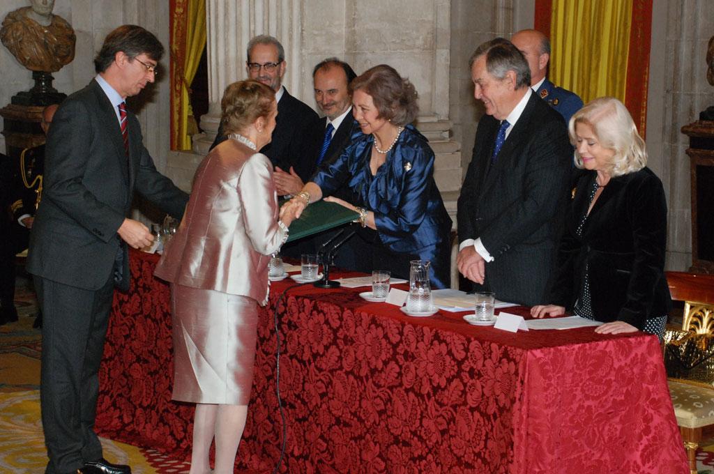 Momento de la entrega Premio Reina Sofía 2014